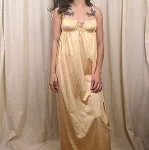 Retro Night Gown